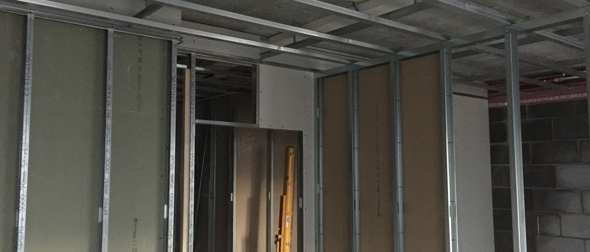Metal stud partition system