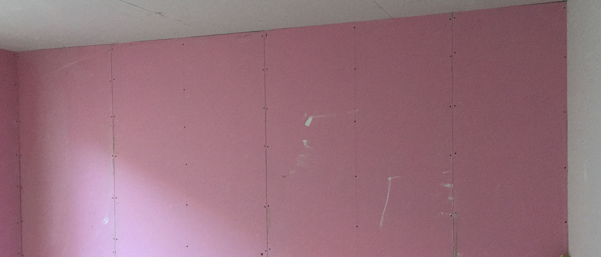 Plasterboarded-ceiling-wall